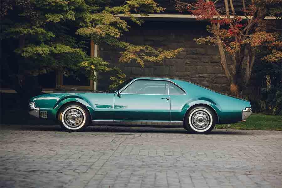 classic car restoration process